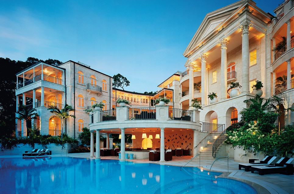 Celebrity Homes That Look More Like Luxury Hotels