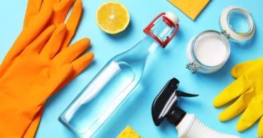 50 Genius Bathroom Cleaning Hacks