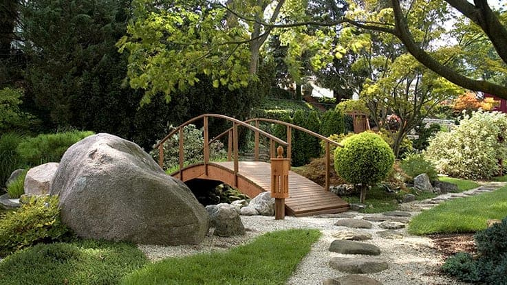 40 Trendy Landscaping and Gardening Ideas for the Summer