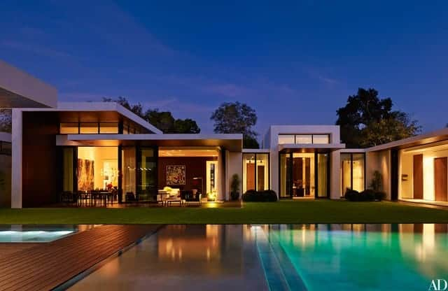 40 Impressive Celebrity Homes From All Over the World