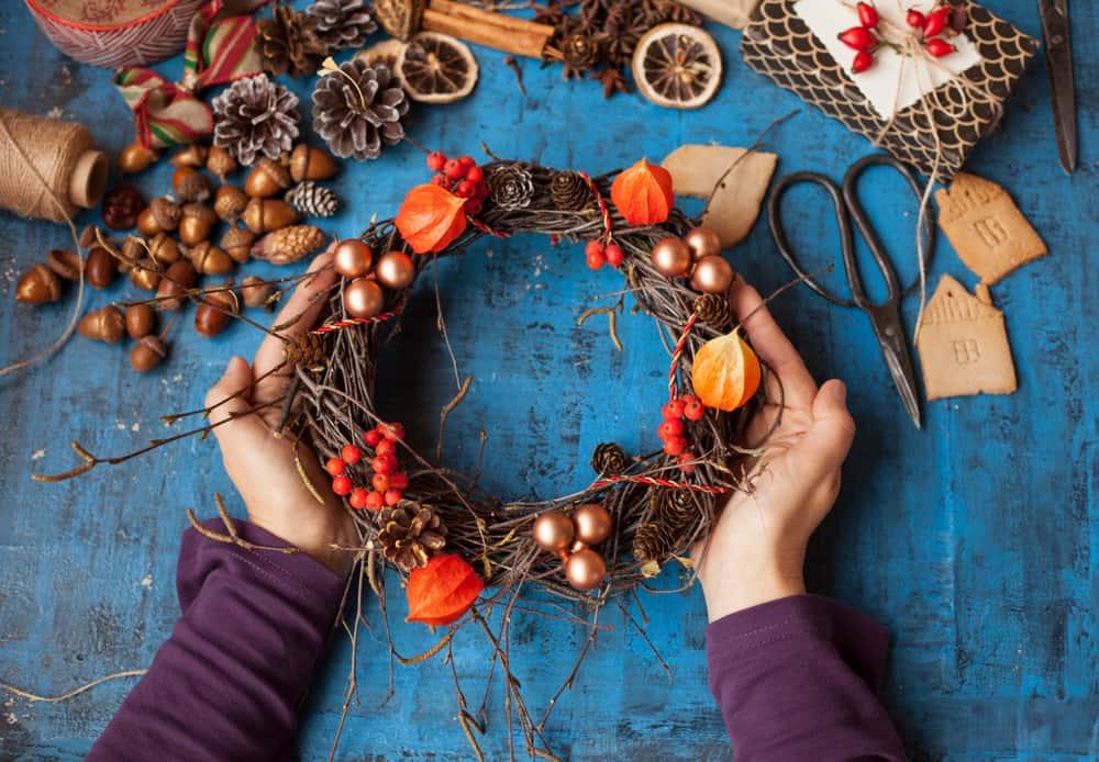 34. DIY wreath