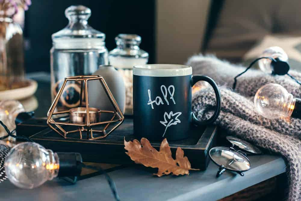 20. Embellish your mugs and jars with stenciled leaves