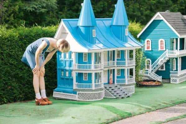 20 Outrageously Expensive Luxury Playhouses