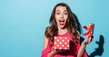 50 Clutter Free Gift Ideas for the Friend Who Values an Experience