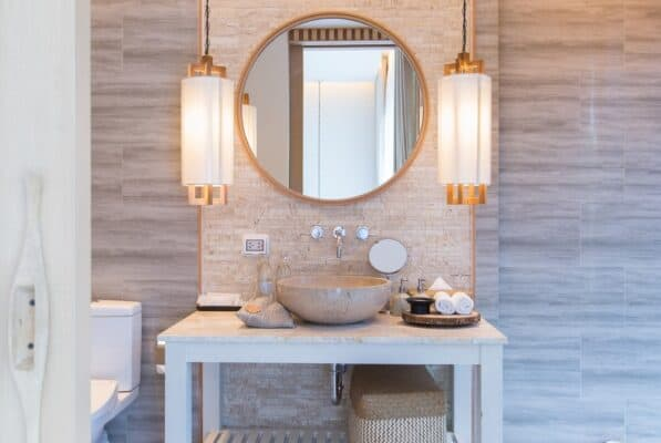 Brilliant Ways to Immediately Reinvent Bathroom Space