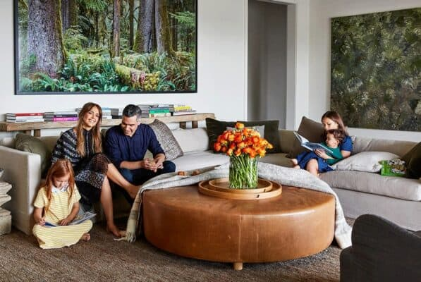 How To Make a Living Room Look Like Jessica Alba's For Less Than $100